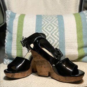 womens shoe wedge size 8